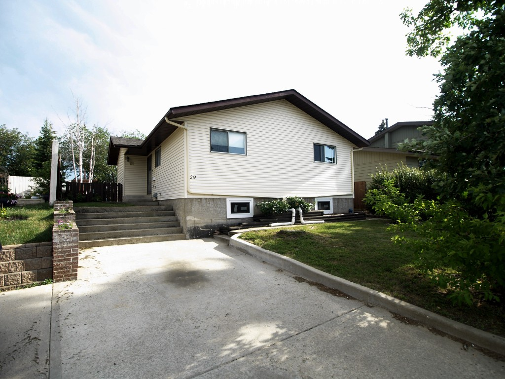 Sold 277 000 Single Family Detached Home Only 284 900
