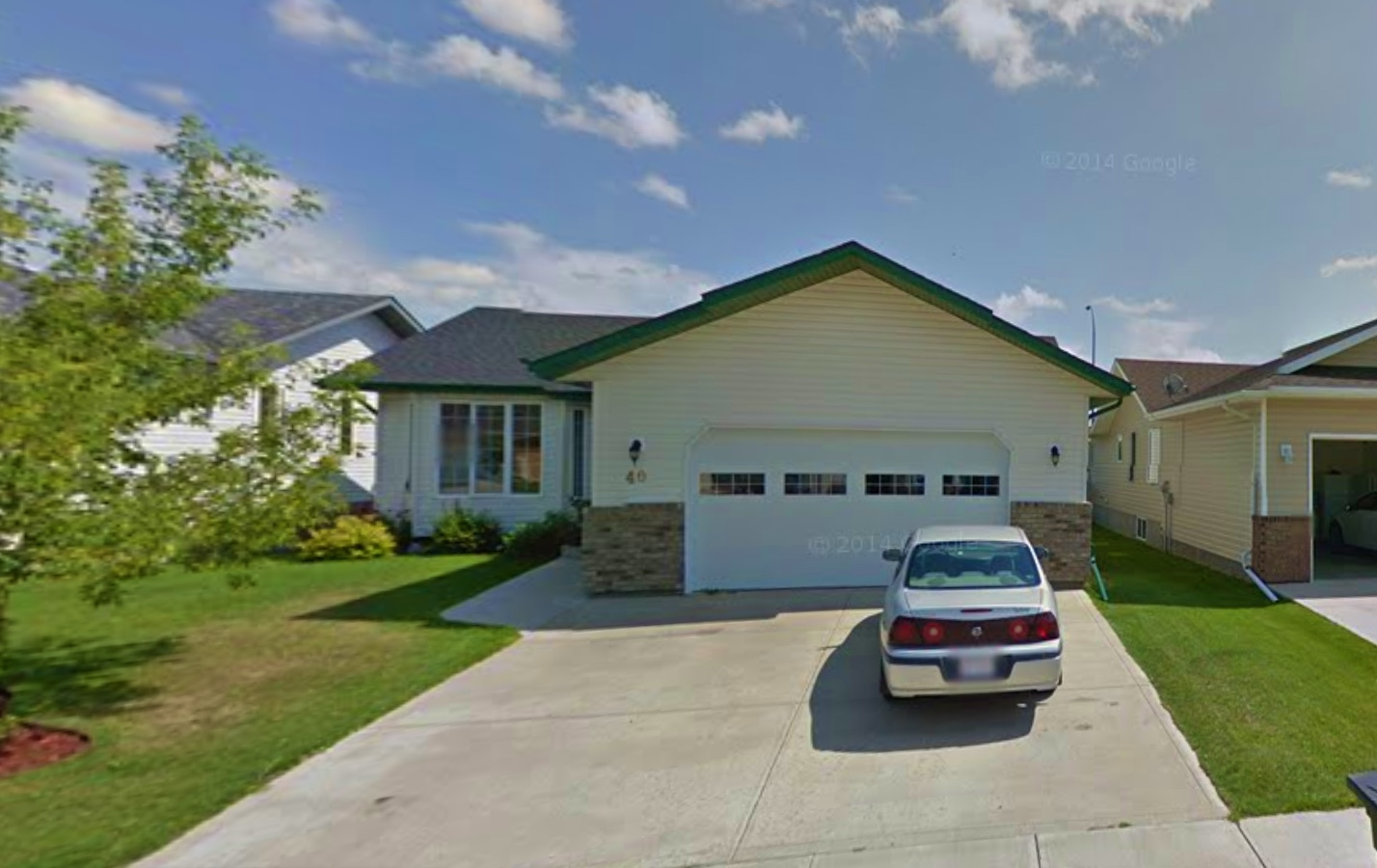 bungalow for sale in lacombe