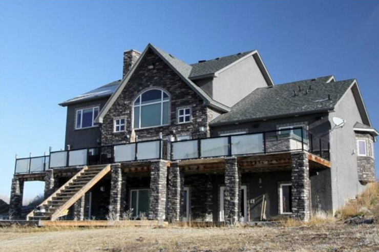 foreclosure acreage central Alberta