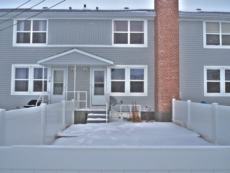 townhome at a great price to buy